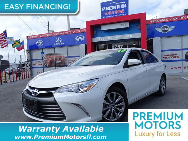 2015 TOYOTA CAMRY 4DR SEDAN I4 AUTOMATIC XLE LOADED CERTIFIED FACTORY WARRANTY Fully serviced