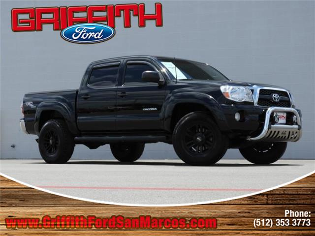 2011 Toyota Tacoma PreRunner V6 4x2 Double Cab 1274 in WB This 2011 Toyota PreRunner V6 A5 4x2