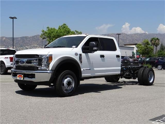2017 Ford F-550 Chassis F550 4X2 CRW CC Miles 1Color OXFORD WHITE Stock M72657 VIN 1FD0W5GT0