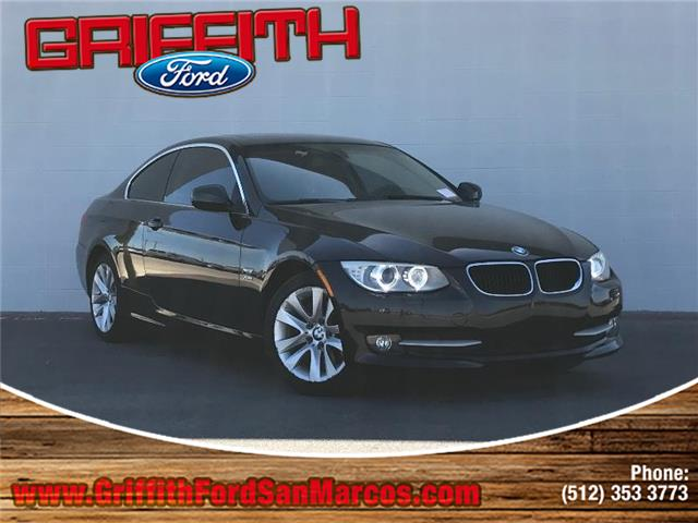2012 BMW 328 i xDrive wSULEV M6 All-wheel Drive Coupe Look no further this 2012 BMW 328 i xDriv