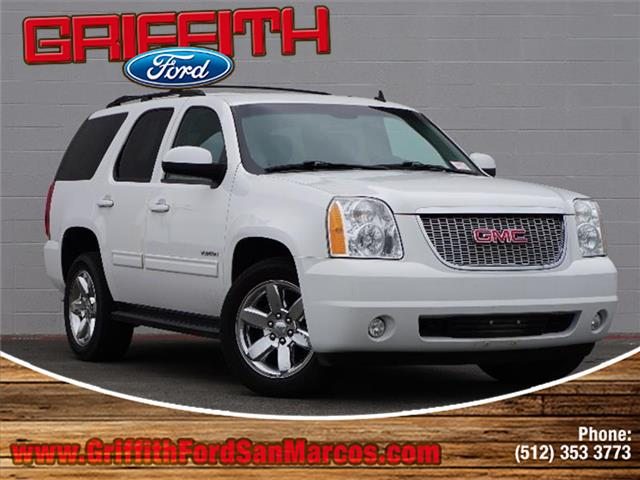 2013 GMC Yukon SLE 4x2 Look no further this 2013 GMC Yukon SLE 4x2 is just what youre looking for