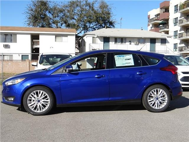 2015 Ford Focus Titanium Hatchback Miles 1Color PERFORMANCE BLU Stock M52456 VIN 1FADP3N24FL