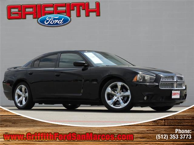2012 Dodge Charger RT Rear-wheel Drive Sedan Look no further this 2012 Dodge Charger RT 4dr Rear