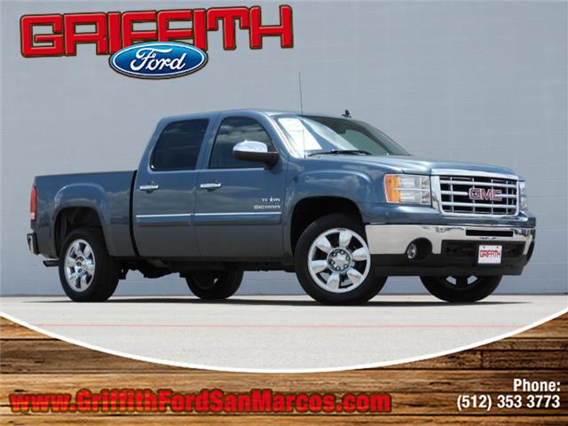 2011 GMC Sierra 1500 SLE1 4x2 Crew Cab 575 ft box 1435 in WB Look no further this 2011 GMC Sie