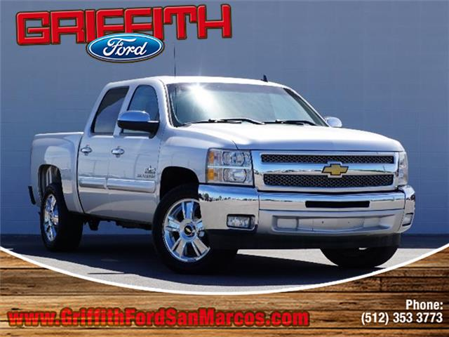 2016 Chevrolet Silverado 1500 LT w1LT 4x2 Crew Cab 575 ft box 1435 in WB Look no further this