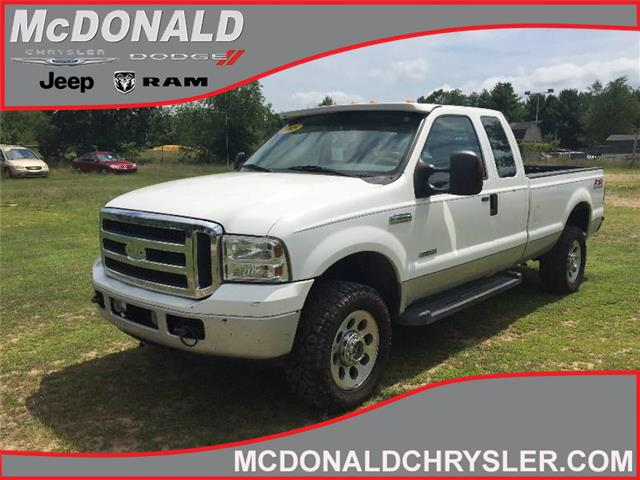 2005 Ford F-350 XLT 4X4 SD Super Cab 158 IN. WB