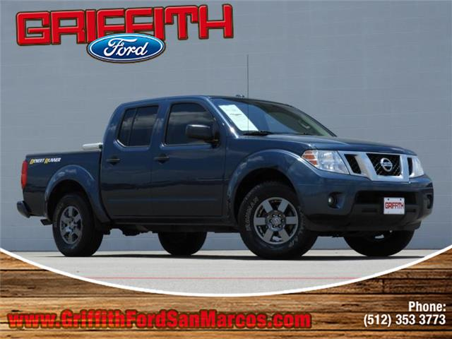 2013 Nissan Frontier Desert Runner 4x2 Crew Cab 475 ft box 1259 in WB Look no further this 201