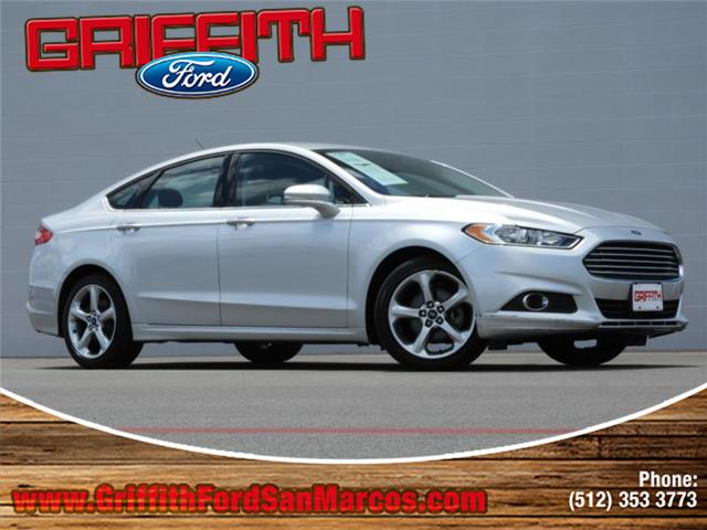 2013 Ford Fusion SE Front-wheel Drive Sedan Look no further this 2013 Ford Fusion SE 4dr Front-whe