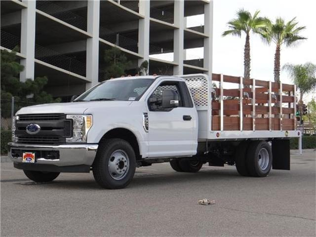 2017 Ford F-350 Chassis F350 4X2 CHASC Miles 1Color OXFORD WHITE Stock M73607T VIN 1FDRF3G6