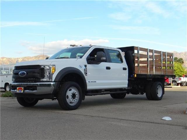 2017 Ford F-550 Chassis F550 4X2 CRW CC Miles 1Color OXFORD WHITE Stock M73555T VIN 1FD0W5GT