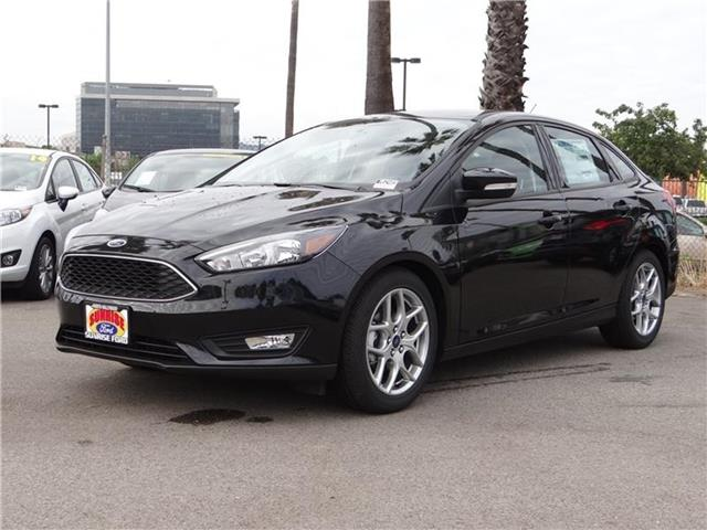 2015 Ford Focus SE Sedan Miles 1Color TUXEDO BLACK Stock M52483 VIN 1FADP3F20FL341418