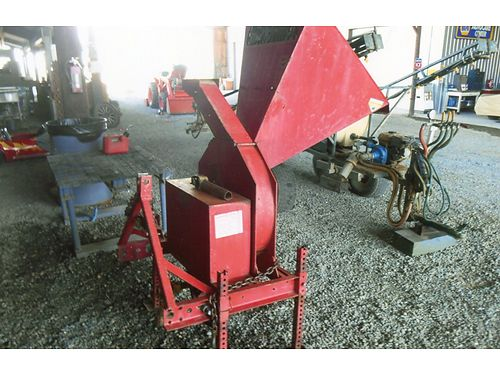 3 POINT PTO windmill chopper brush and Lime good condition 875 916-799-5595