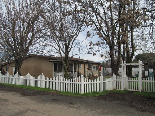 LIFES A HOLIDAY 3-bedroom 2-bath 1480sqft 15-acres zoned for residence  small business ad
