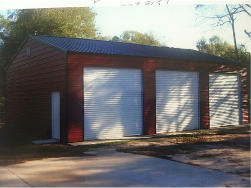 3 BAY GARAGE 20x40 With 3 10X10 Roll-ups and walkin door Build on site We handle the permits so