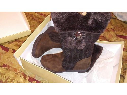 BOOTS MICHAEL KORS Girls size 1 brown new in box with tag paid 79 will sell 45 obo 706-664-368