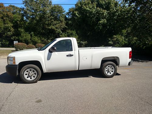2011 CHEVY SILVERADO LB work truck v8 auto runs drives and looks like new new tires factory tow