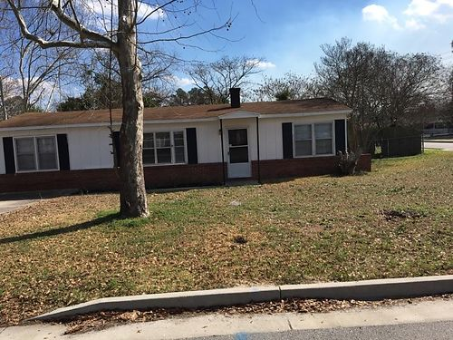 AUGUSTA 3112 Wilbur st 3br 1ba fenced yard 750dep 750mon credit check required 706-977-8291 for