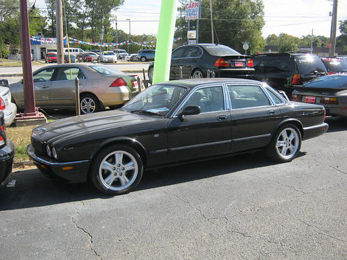 2002 JAGUAR XJ 4dr Auto Black Sunroof Leather 6900 706-771-9510