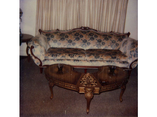 LIVINGROOM SET antique sofa with 2 wing back chairs antique blue color great condition 900 obo fo