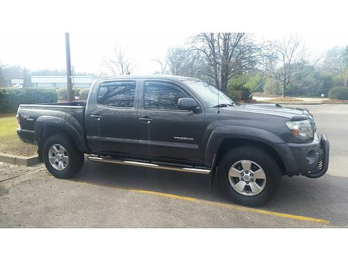 2011 TOYOTA TACOMA TRD sport v6 4dr loaded dark grey metalic sliding rear window 98k miles rea