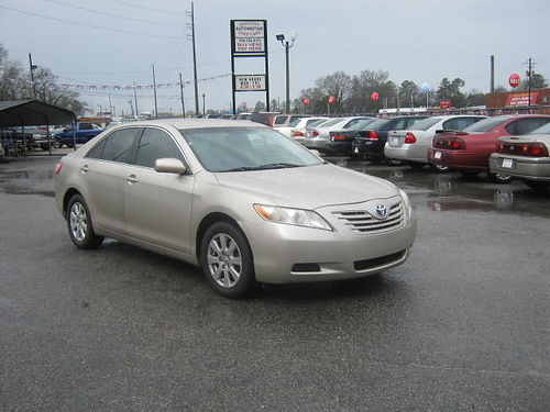 2007 TOYOTA CAMRY LE 4Dr Auto Gold 9995 888-640-5901