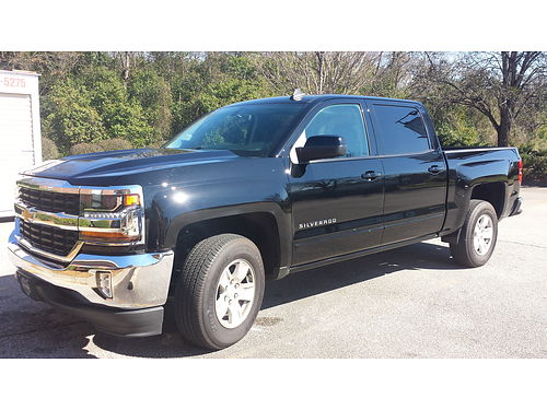 2016 CHEVY SILVERADO LT 2wd 12 ton crew cab short bed black loaded only 1000 miles 35000 f