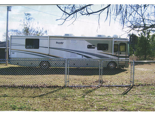 2005 FLEETWOOD BOUNDER 360 diesel 38 3slides 2 front living room 1 bedroom walkin shower wash