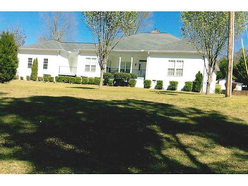 NORTH AUGUSTA 3br 3ba 3200sq Country Club Hills hardwood floors tiled bath and florida room wo
