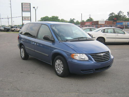 2007 CHRYSLER TOWN  COUNTRY 2 Sliding Doors Auto Blue 3rd Row 8995 Call 888-640-5901