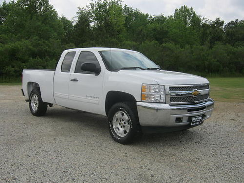 2013 CHEVY 1500 LT 4x4 Ext Cab All Power CD Onstar Spay Inliner Extra Clean One Owner Only