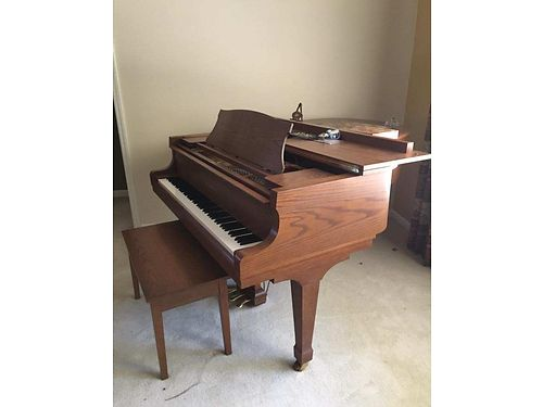PIANO Kawaii model KG-2A 1994 parlor grand vgc a steal for a serious buyer 4500