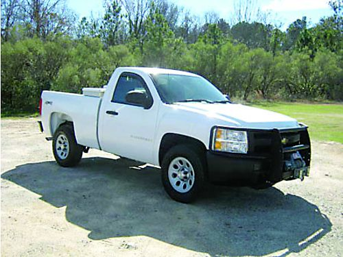 2009 CHEVROLET SILVERADO 1500 4x4 2dr Reg Cab 99k Miles 48L V8 Nice Warn Winch Brush Guard T