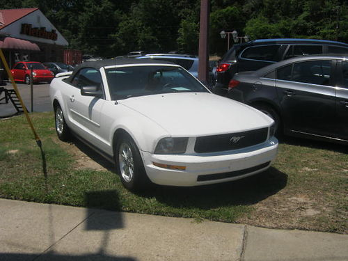 2006 FORD MUSTANG 2dr Auto White Convertible 6500 706-771-9510