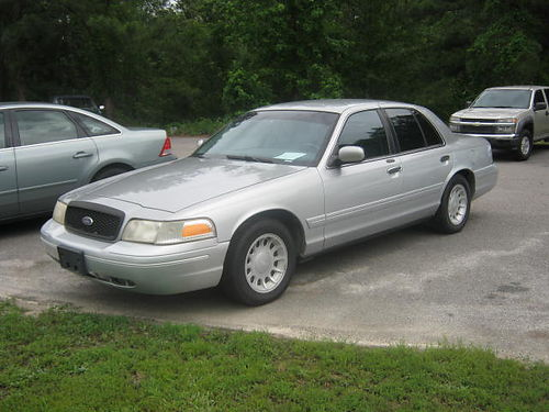 2001 FORD CROWN VICTORIA 4Dr Atuo Alloy Wheels Custom Paint 5850 803-663-1898
