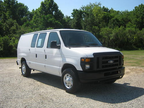 2011 FORD E-250 Cargo Van All Power V8 Nice Interior Shelves Drawers Ready to Work For You Onl