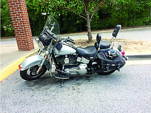 2004 HARLEY HERITAGE Softtail well kept and maintained many extras 30k miles runs good 7000 neg
