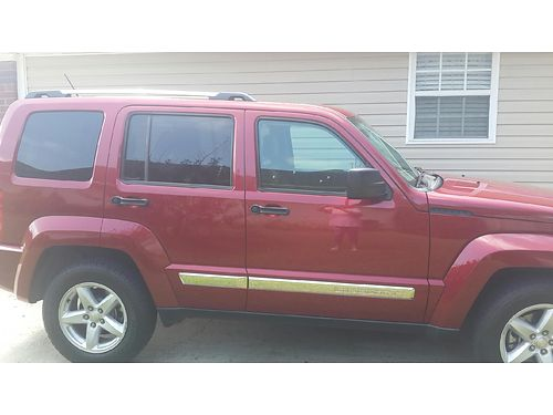 2012 JEEP LIBERTY Limited great condition family SUV 77316k miles original owner with all origi
