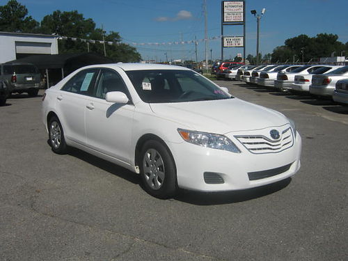 2010 TOYOTA CAMRY LE 4Dr Auto White 10995 Call 888-640-5901