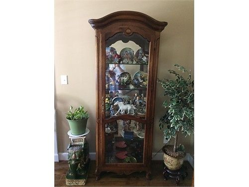 CURIO CABINET 1776 Collection 26w x 15d x 73h lighted 4 heavy glass shelves locking door exc