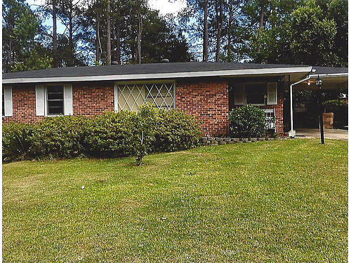 NAugusta 1011 Seymour D 2 or 3Br 15Ba Sunroom Nice Ranch Remodeled New CHA New Roof Fenced