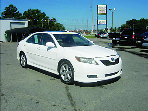 2009 TOYOTA CAMRY 4dr Auto White 9995 Call 888-640-5901