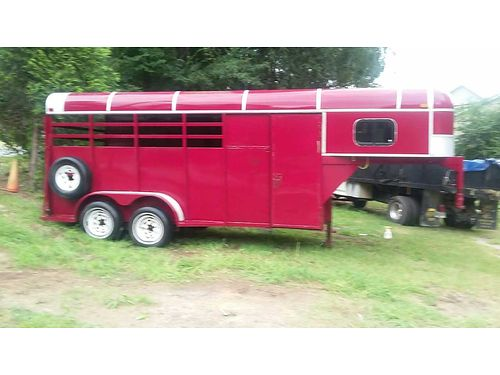HORSE TRAILER 1996 model 3 horse slant 22 long new tires and rims 2800 obo for color photo sear