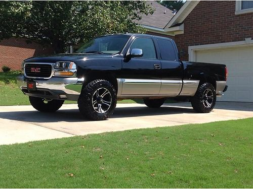 2002 GMC SIERRA 1500 one owner 53L heated seats 3 lift bilstein shocks new control armsball