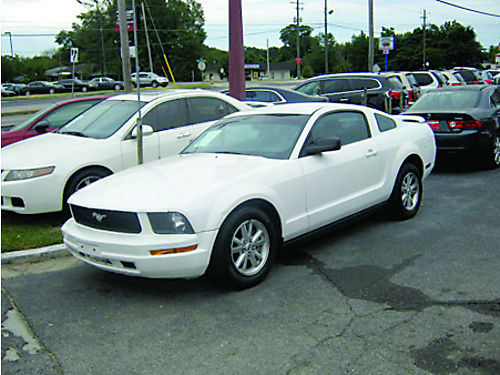 2006 FORD MUSTANG 2dr Auto White Low Miles 7100 800-805-7984