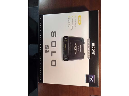 RADAR DETECTOR late model brand name Escort S3 cordless or hardwire portable and ideal for travel
