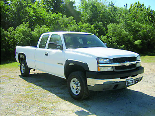 2003 CHEVROLET 2500HD 4x4 4dr Ext Cab Long Bed 60L V8 1 Owner Extra Clean Only 11500 888-80