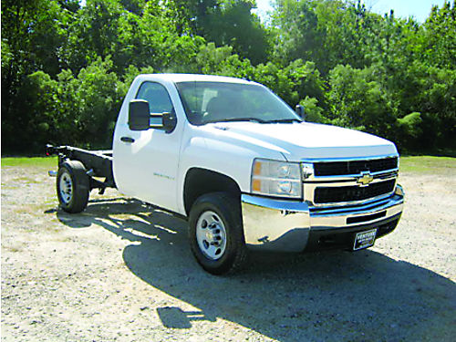 2008 CHEVROLET SILVERADO 2500HD Reg Cab  Chassis 60L V8 138k Miles 1 Owner Build the Truck You