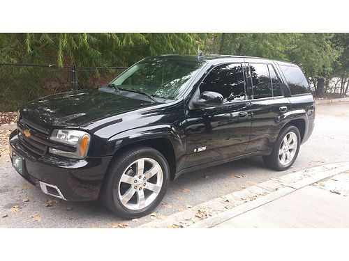 2007 CHEVY TRAILBLAZER SS 2wd sunroof leather and suede interior loaded with heated seats bose s
