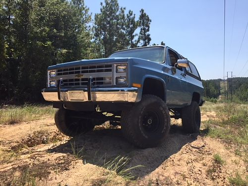 1985 CHEVY BLAZER K5 454 big block freshly rebuilt 700r4 transmission 12 bolt rear end 6 suspens