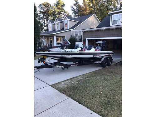2016 PHOENIX BASS 21ft model 721 250 Pro xp mercury engine only 45hrs vgc like new 47000 for c